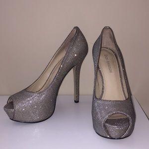Shimmering Enzo Angionlini Heels